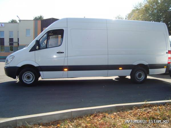 Mercedes-Benz Sprinter 4т Фург…